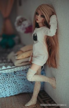 Best 12 This is Mary. Her twin is Jessica. She is Her brother is Ryan, and her little sister is Catlin. She loves boots. She doesn't get mad or angry when she doesn't get a pair of boots she wants. She has never experienced fear, sadness, anger, or jea Anime Dolls, Ooak Dolls, Blythe Dolls, Girl Dolls, Custom Monster High Dolls, Custom Dolls, Beautiful Barbie Dolls, Pretty Dolls, Barbie Fashionista Dolls