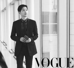 On April Song Joong Ki arrived at Incheon Airport, stylish in Dior Homme. The clothes are fitting since he was bound for Hong Kong to attend Dior Homme's Winter live show… Korean Men, Korean Actors, Korean Wave, Descendants, Hong Kong, Song Joon Ki, Sun Song, Songsong Couple, 22 November