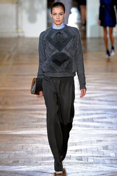 Stella McCartney Fall 2012 Ready-to-Wear Collection Slideshow on Style.com