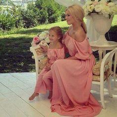 Delicadas madre e hija