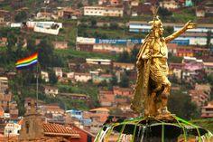 Statue and Cuzco flag