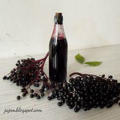 Syrop z owoców czarnego bzu Irish Cream, Food And Drink, Cooking Recipes, Menu, Drinks, Bottle, Blog, Liqueurs, Chutneys