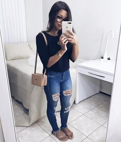 Mom Outfits, Sexy Outfits, Pretty Outfits, Casual Outfits, Cute Outfits, Casual Jeans, Jeans Style, I Love Fashion, Womens Fashion