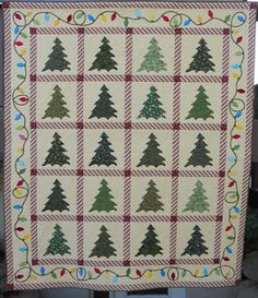 String Of Lights Quilt Pattern : Quilting Christmas on Pinterest Quilts, Snowman Quilt and Wall Hangings