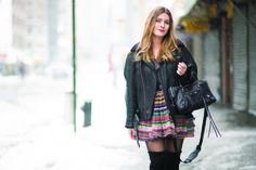Magdalena Ilic luce un outfit de Desigual en Manhattan - New York City. Foto: Timur Emek