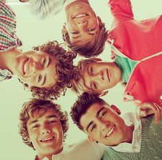 One direction Liam Payne Niall Horan Louis Tomilnoson and harry styles and zane Mailk One Direction Images, One Direction Wallpaper, I Love One Direction, One Direction Photoshoot, One Direction Posters, One Direction Zayn Malik, Liam Payne, Louis Tomlinson, Might Night