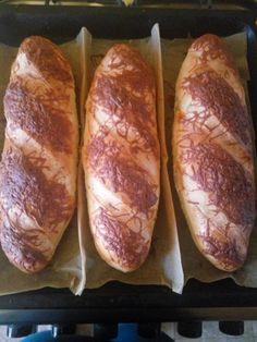 Finom házi bagett, videóval! A formázása is könnyen megtanulható! - Ketkes.com Bread Recipes, Cooking Recipes, Serbian Recipes, Ciabatta, Superfoods, Hot Dog Buns, Ham, Toast, Food And Drink