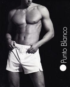 Boxer Punto blanco Hilo Escocia. ref: 5355140000. Corte clásico, con pieza completa en la parte trasera y abertura al final de la pierna para más comodidad. http://www.varelaintimo.com/marca/21/punto-blanco #underwear #menswear #ropaHombre #ropaInterior #calzoncillos