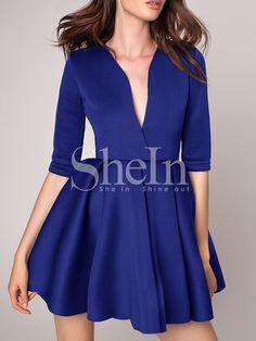 Robe bleue plissée col plongeant  23.91