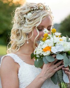 Photo of the day: I am in love with Theresa's bouquet! delicate elegant and dramatic! #indianaweddingphotographer #weddingphotographer #bride #flowers