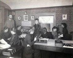 El 15 de mayo de 1857 nacía en Dundee (Escocia) Williamina Paton Stevens  Fleming, una maestra de escuela cuyas dotes científicas le ac...