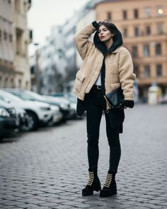 Street Style in Berlin with Masha Sedgwick | outfit inspiration | Autumn/Winter