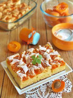 Az otthon ízei: Bögrés sárgabarackos pite Hungarian Cake, Hungarian Recipes, Hungarian Food, Fruit Recipes, Cake Recipes, Cooking Recipes, Winter Food, Coffee Cake, Cake Cookies