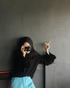 Ideas Fashion Show Hijab Casual For 2019 Niqab Fashion, Muslim Fashion, Look Fashion, Fashion Show, Womens Fashion, Hijab Casual, Hijab Style, Hijab Outfit, Arab Girls