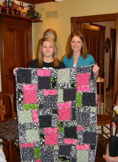 Simple block rag quilt baby girl