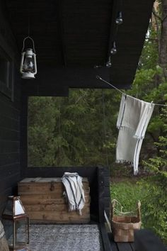 Outdoor Spaces, Outdoor Living, Porche, Cottage Farmhouse, Saunas, Scandinavian Home, Cabins In The Woods, Interior Exterior, Modern Rustic