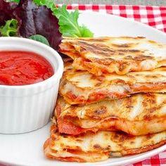 Pepperoni Pizza Quesadillas | foodraf