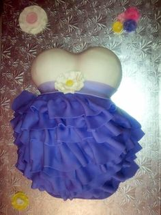 Belly Cake - This was my very first belly cake .!