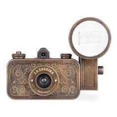 La Sardina Coyote Camera - good for beginners and long-exposure snaps