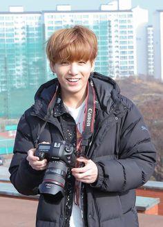 Kim Taehyung x Jeon Jungkook (✓) # Ngẫu nhiên # amreading # books # wattpad Foto Jungkook, Foto Bts, Jungkook Oppa, Bts Bangtan Boy, K Pop, Taehyung, Busan, Bts Boyfriend, Ideal Boyfriend