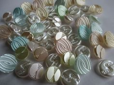 JOB LOT VINTAGE GLASS BUTTONS PRETTY PEARLY PASTELS 58 pcs. noelhumphrey on eBay.co.uk