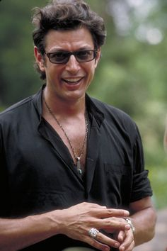 Jurassic Park - Publicity still of Jeff Goldblum. The image measures 1999 * 3000 pixels and was added on 15 February Jurassic Park Costume, Jurassic Park 1993, Jurassic Park World, Jeff Goldblum Jurassic Park, Jurrassic Park, Movie Facts, Sci Fi Movies, Scene Photo, Film Serie