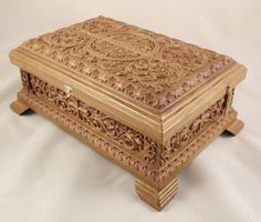 Large-Russian-Orthodox-Wooden-Reliquary-box-Made-From-Oak-Unique-Carved-Work