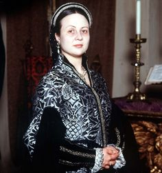 Pia Girard as Anne of Cleves David Starkey, Catherine Parr, Wives Of Henry Viii, Anne Of Cleves, Tudor History, Movie Costumes, Princess Mary, Documentaries, Bomber Jacket