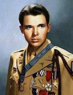 Audie Murphy – Ator – alistou-se na infantaria estadunidense aos 18 anos e participou ativamente de 9 campanhas na África, Sicília, Itália, França e Alemanha durante a Segunda Guerra Mundial. Demonstrou tanta bravura, que acabou se tornando o soldado mais condecorado da guerra, recebendo mais de vinte medalhas. Simplesmente foi o Chuck Norris da Segunda Guerra. Faleceu em 1971, aos 47 anos.