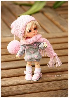 <3  Not a doll collector but she is sooooo cute I could change :)