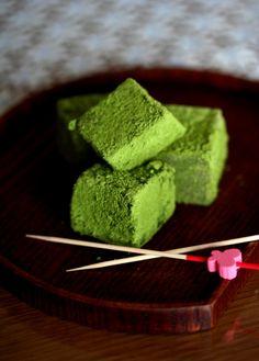 Matcha Green Tea Warabi Mochi.