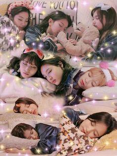 Good night sleep well uri twice🙇 K Pop, Kpop Girl Groups, Korean Girl Groups, Kpop Girls, Twice Dahyun, Tzuyu Twice, Extended Play, Twice Wallpaper, Shy Shy Shy
