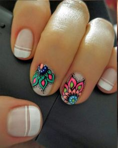Locate a top coat with the chunkiest parts of glitter it is possible to locate and paint it on the ends of your nails. Shellac nails are very simple to apply. For those who have not tried Shellac n… Mandala Nails, Shellac Nails, Nails Inspiration, Most Beautiful, Nail Designs, Hair Beauty, Nail Art, Glitter, Color