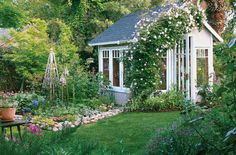 Climbing vines and plants of various height add visual interest to cottage gardens. #garden #cottagegarden