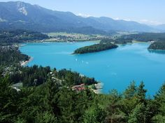 Faaker See (Lake Faak), Kärnten (Carinthia) - 5th largest lake of Carinthia. Its water is truely turquoise which the lake is famous for. There are about 200 lakes in Carinthia - the most southern federal state of Austria.