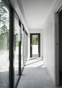 Villa Hagerman, Ljugarn – M. Beautiful Houses Interior, Beautiful Homes, Architecture Details, Interior Architecture, This Old House, Pastel Interior, Hallway Inspiration, Turbulence Deco, Minimalist Home Interior