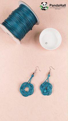 Diy Bracelets Patterns, Diy Friendship Bracelets Patterns, Diy Bracelets Easy, Jewelry Patterns, Handmade Bracelets, Diy Handmade Earrings, Diy Earrings Crochet, Handmade Wire Jewelry, Diy Crafts Jewelry