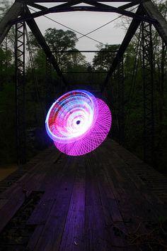 Dennis Calvert - Light Painting - Canon EOS 7D - 15/04/2011