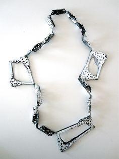 Klimt02: Blogs-ecklace, ELLEN JACOBSEN HOLVIK-SE