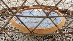 Proyecto WARKA: Torres de Bambú que recogen Agua Potable desde el Aire