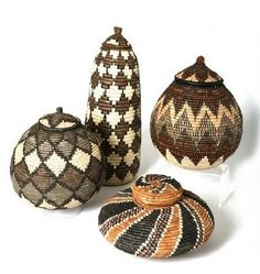 add up with the right details and african vessels kelims and persian carpets to go - African Decor