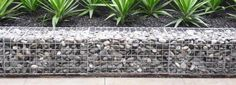 LOW COST Stone gabion baskets for retaining walls Gabion Wall Design, Stone Wall Design, Gabion Cages, Gabion Retaining Wall, Gabion Baskets, Rock Wall, Thing 1, Garden Stones, Front Yard Landscaping