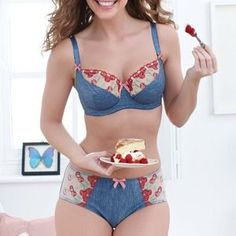 Bravissimo Cherry Fling set - 30H and Large bottoms