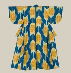 An unlined summer meisen silk kimono. Early-Showa Period The Kimono Gallery. Traditional Japanese Kimono, Traditional Fashion, Kimono Fabric, Silk Kimono, Kimono Outfit, Kimono Fashion, Japanese Textiles, Japanese Prints, Japanese Outfits
