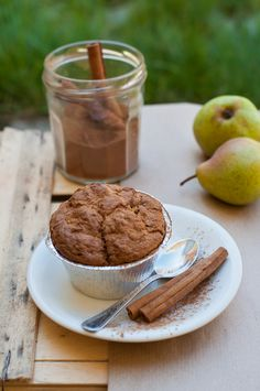 pear almond bran oat muffins Bran Muffins, Buffet Ideas, First Bite, Pear, Almond, Picnic, Bakery, Spices, Pudding