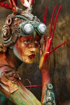 Amazing Steampunk Body Painting by Lorie Hamel.