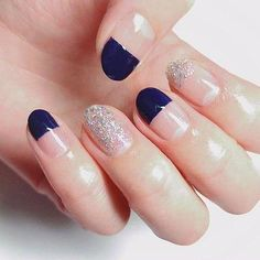 The advantage of the gel is that it allows you to enjoy your French manicure for a long time. There are four different ways to make a French manicure on gel nails. The choice depends on the experience of the nail stylist… Continue Reading → Short Nail Designs, Simple Nail Designs, Nail Art Designs, Korean Nail Art, Korean Nails, French Nails, Love Nails, How To Do Nails, Gel Nagel Design