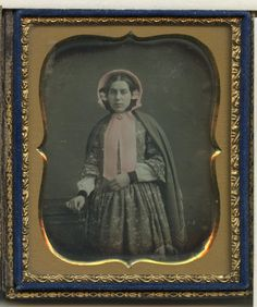 https://www.ebay.com/itm/1-6-Plate-Daguerreotype-Pink-Bonnet-Girl-Woman-Nicely-Tinted-w-LS-NR/322979473960?hash=item4b3313aa28:g:4NQAAOSwbe5aTtXL