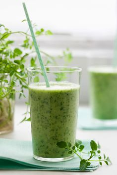 Kale, Mint and Coconut Smoothie