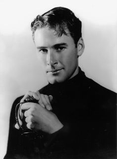 Errol Flynn looking just a wee bit too dashing to be up to anything but trouble :) #vintage #actor #leading_man